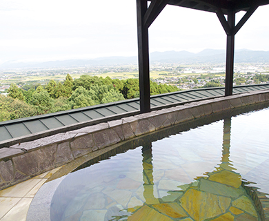 みのう山荘の温泉から見える景色